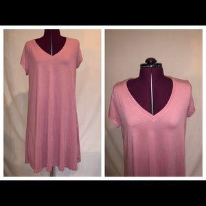 NWT GAP T Shirt V Neck Dress